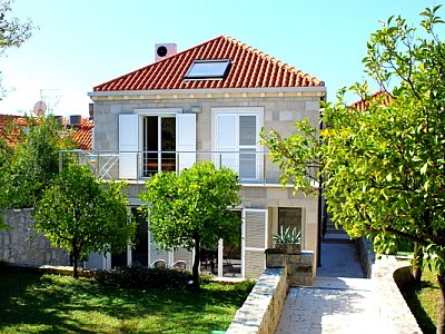 Accommodation in villa Cavtat